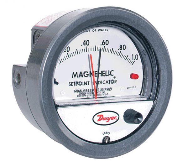Dwyer Differential Pressure Gauge P/N 2203