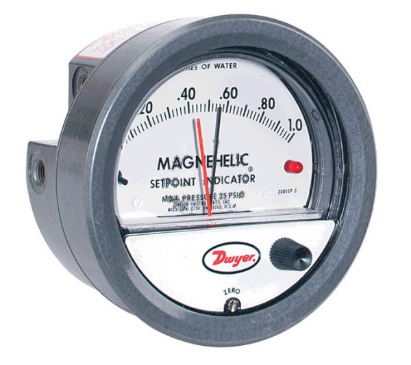 Dwyer Differential Pressure Gauge P/N 2202